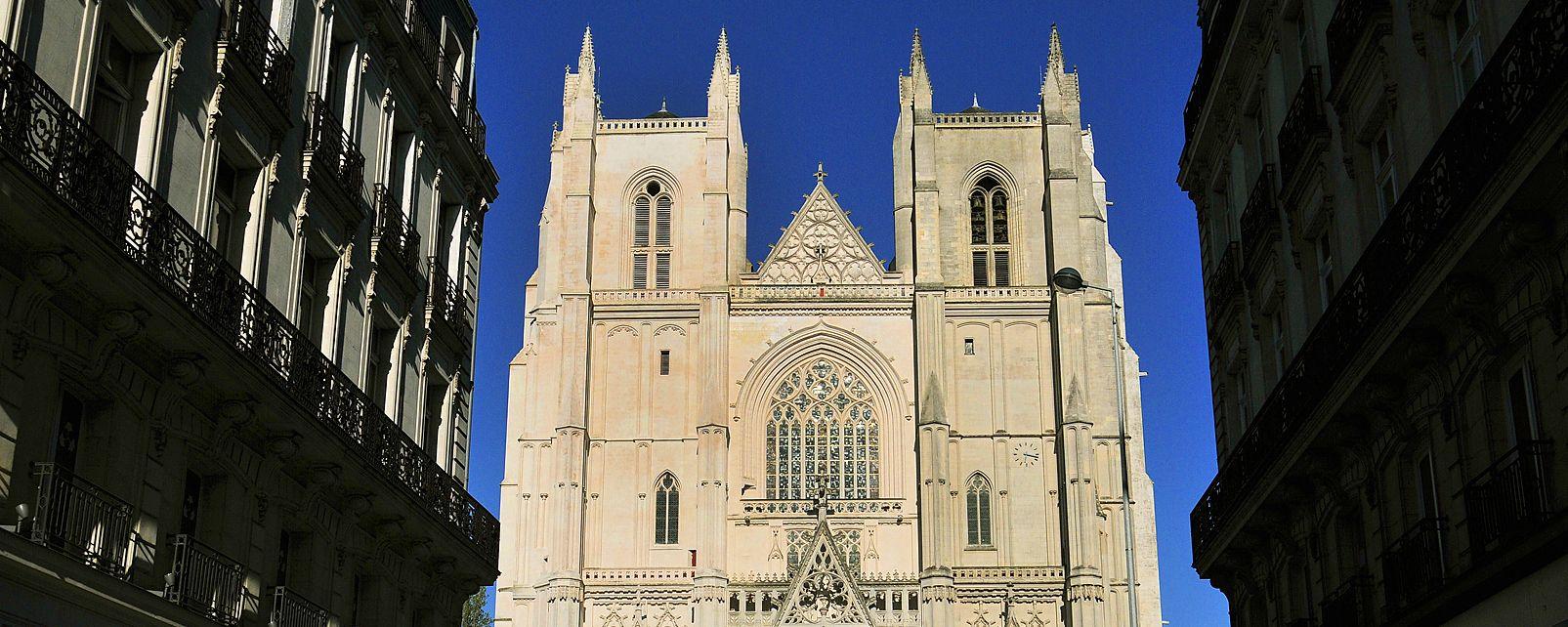 La catedral de Nantes, Cathédrale Saint-Pierre et Saint-Paul de Nantes, Los monumentos, Nantes, Pais del Loira