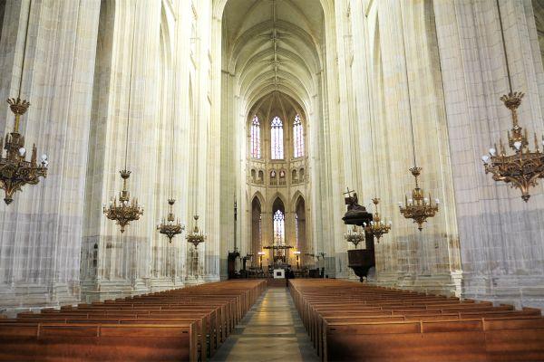La tumba de Francisco II de Bretaña, Cathédrale Saint-Pierre et Saint-Paul de Nantes, Los monumentos, Nantes, Pais del Loira