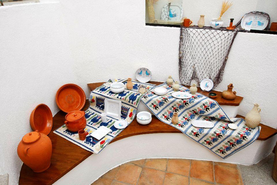 L'artisanat , Artisanat et hôtel en Sardaigne , Italie