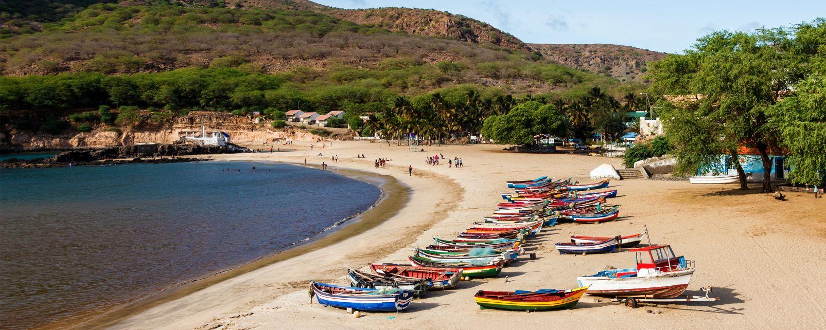 Les paysages, cap vert, afrique, santiago, île, praia, archipel, plage, barque, atlantique, océan, tarrafal