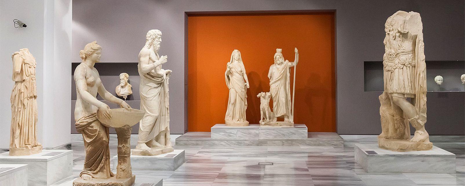 The Heraklion Museum , Heraklion Museum , Greece