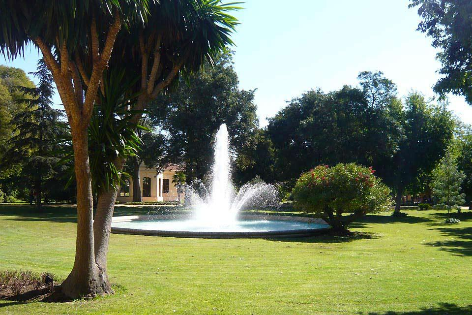 L'École royale andalouse d'art équestre , De superbes jardins , Espagne