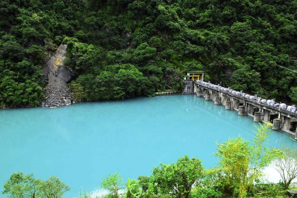 Las fuentes termales de Wulai, Les sources thermales de Beitou, Los paisajes, Taiwan