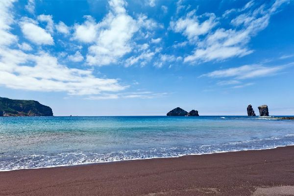 The beaches of São Miguel and Faial , The beaches of the islands of São Miguel and  , Portugal