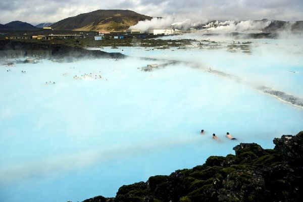 Le Blue Lagoon , The turquoise water of the Blue Lagoon , Iceland