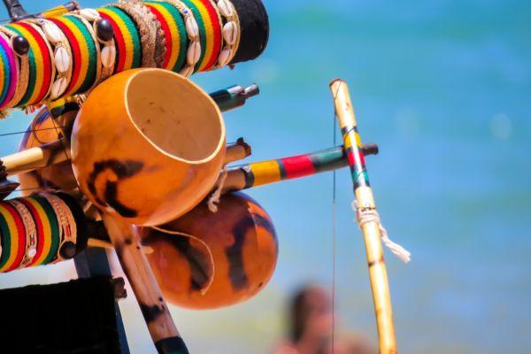 Musikgruppen am Strand, Die kapverdische Musik, Die Künste und die Kultur, Kapverden