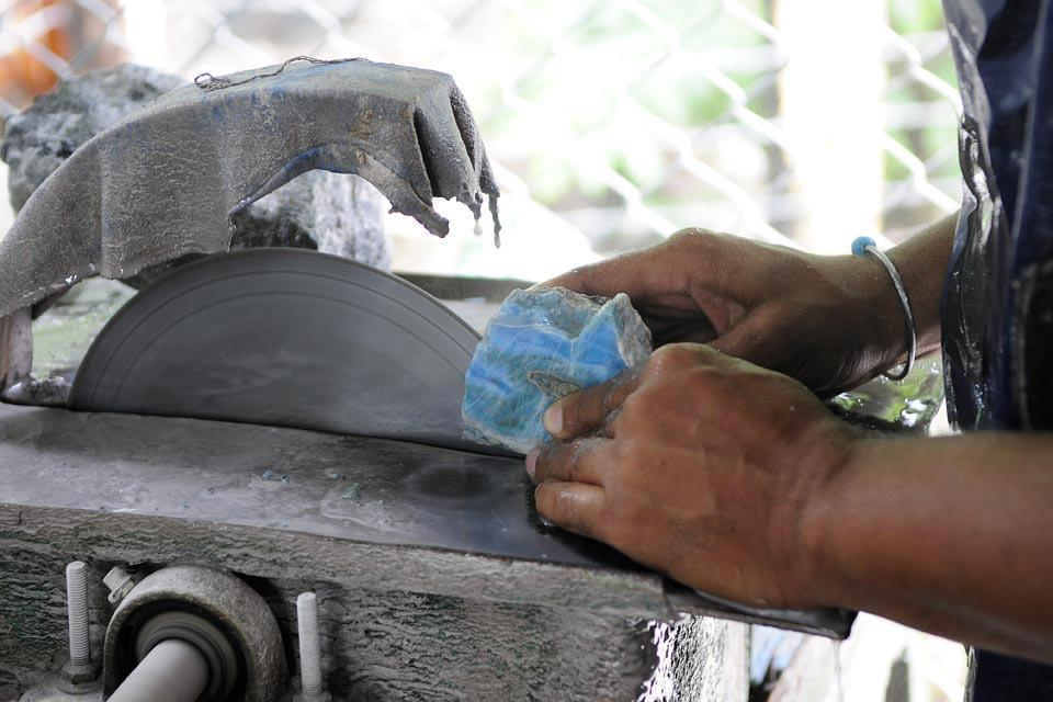 Le larimar , Una pietra di facile lavorazione , Repubblica Dominicana