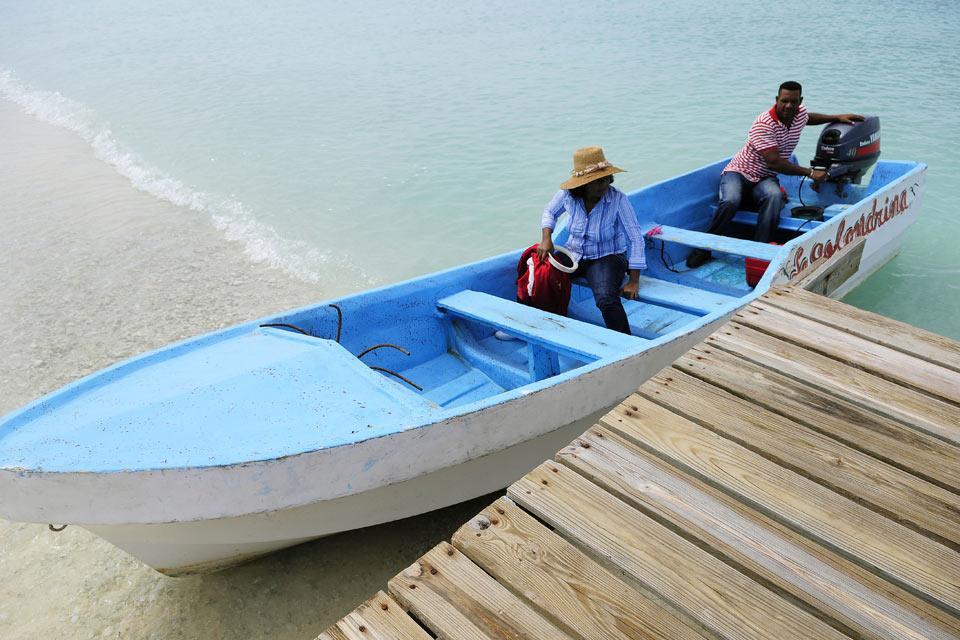 La plage de Bahia de las Aguilas , On y accède en bateau , République dominicaine