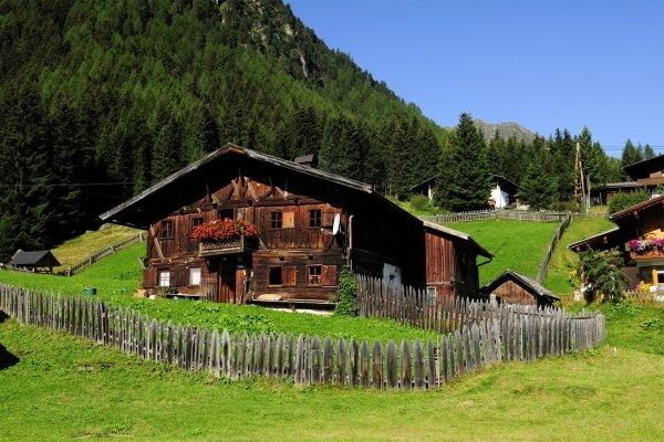 Tiroler Dorf, Le Tyrol, Die Landschaften, Innsbruck, Österreich