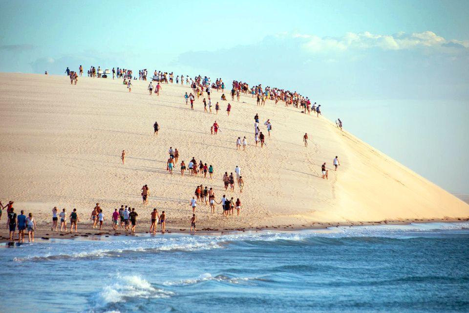 La plage de Jericoacoara , Oasis au coeur du désertique Sertao , Brésil
