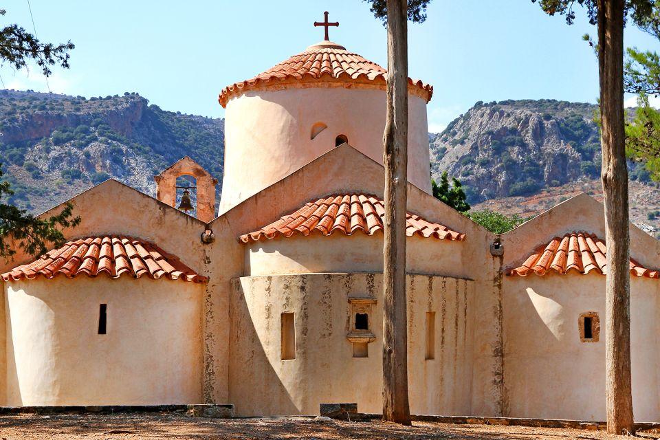 , L'église byzantine de Panagia Kera, Les monuments, Crète