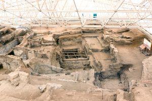 Hittitische Keramik, Le site néolithique de Catalhoyuk, Die Monumente, Türkei