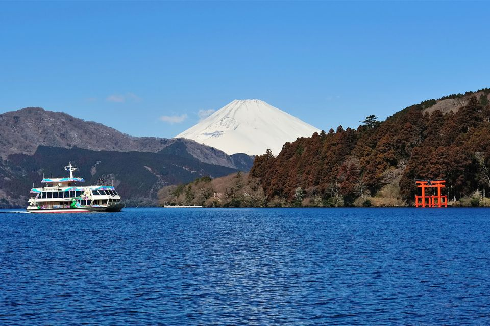 An outing on Lake Ashi, Hakone, Excursions, Hakone, Japan