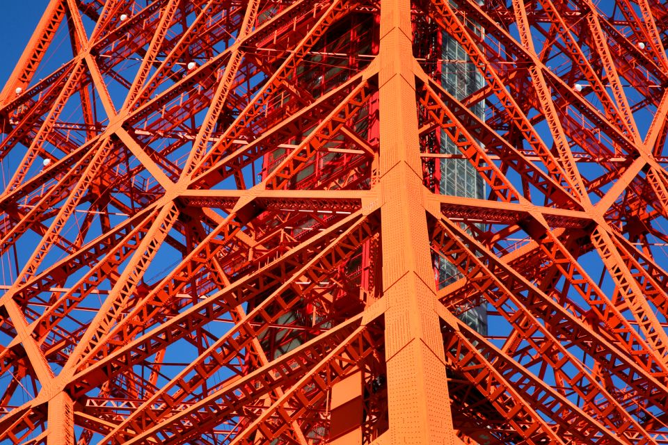 Tokyo Tower , A network of iron , Japan