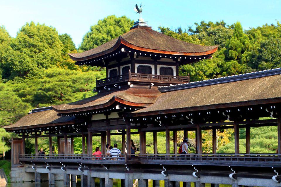 KYOTO- Rokuon Ji , El puente que lleva a Shobi-kan , Japón