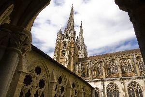 La Cathédrale Notre-Dame de Bayonne , France