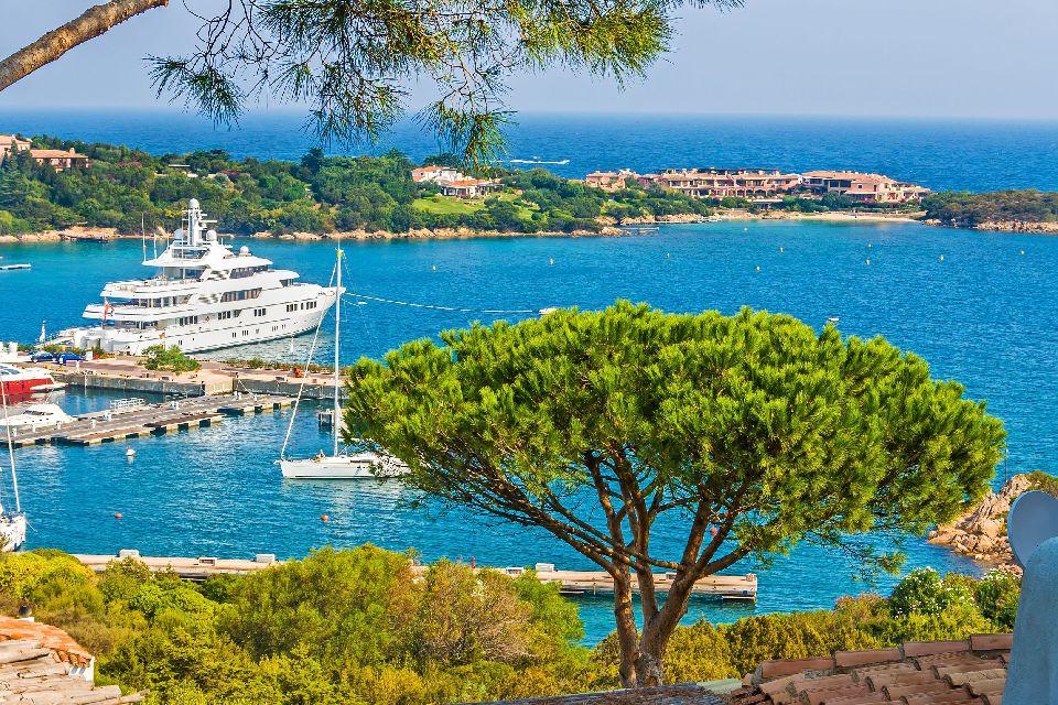 La Costa smeralda , Italie