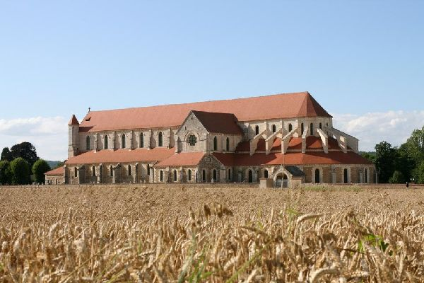 L'abbaye de Pontigny , France