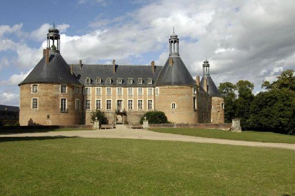 Les châteaux Renaissance de l'Yonne , France