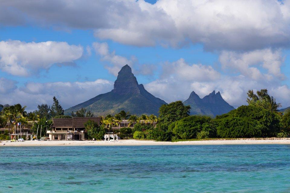 The west coast, La côte ouest, Coasts, Mauritius