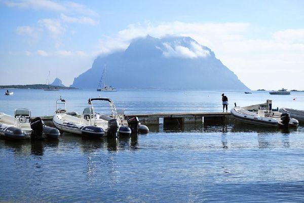 La Isla Tavolara , Parque Natural Tavolara , Italia