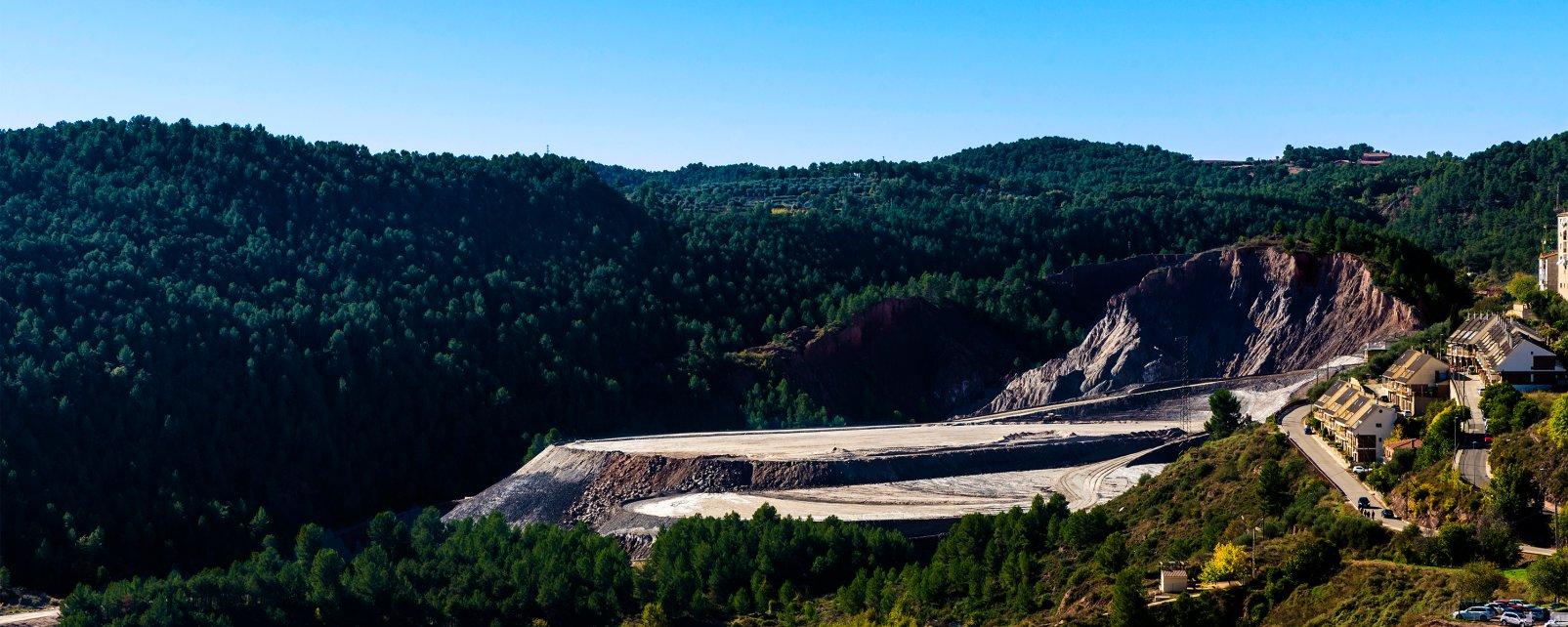 Las minas de sal de Cardona, Las minas de sal de Cardon, Los paisajes, Cataluña