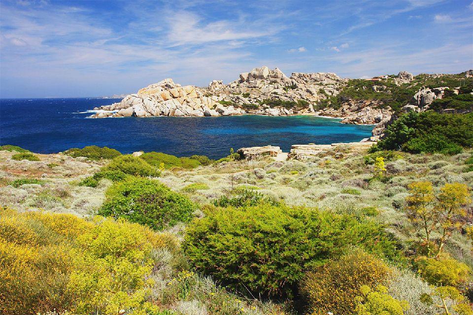 Le Capo Testa , La Corse depuis le Capo Testa , Italie