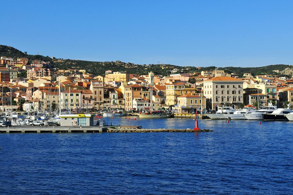 L'archipel de la Maddalena , La ville de Maddalena , Italie