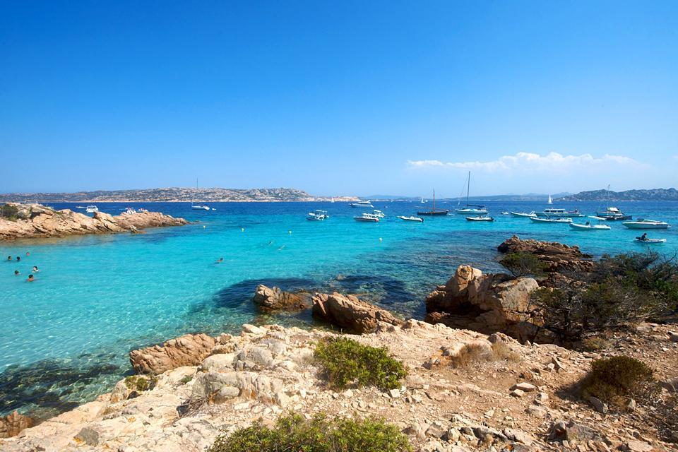 L'archipel de la Maddalena , Haute saison à la Maddalena , Italie
