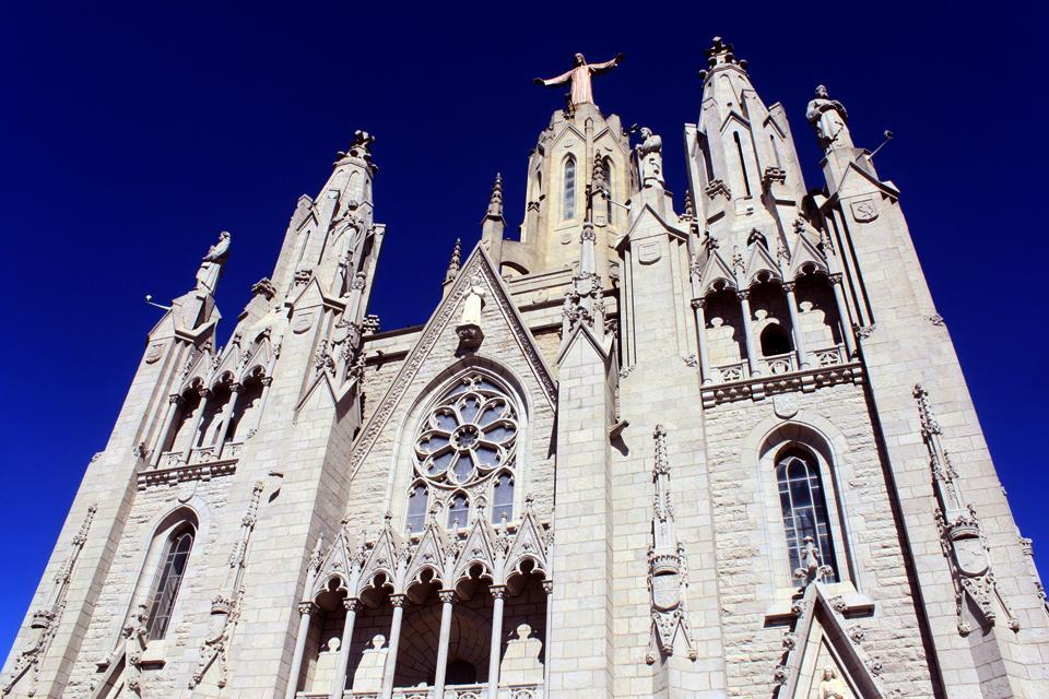 L'église Tibidabo , Spain