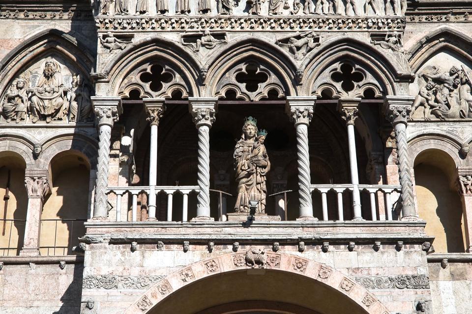 La cattedrale di Ferrara , Italia