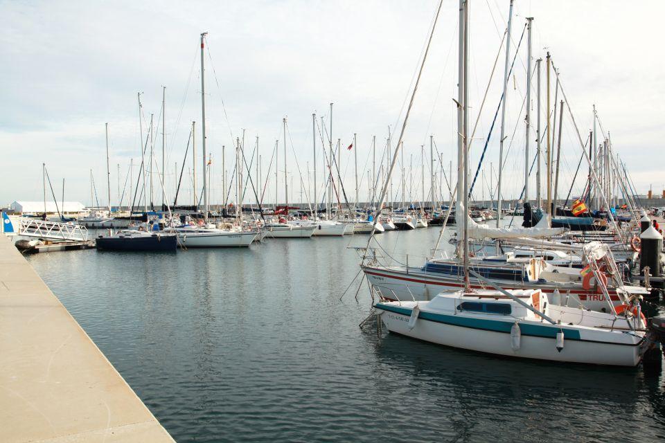 Los arsenales reales, La marina Real Juan Carlos I, Los paisajes y las actividades, Comunidad Valenciana
