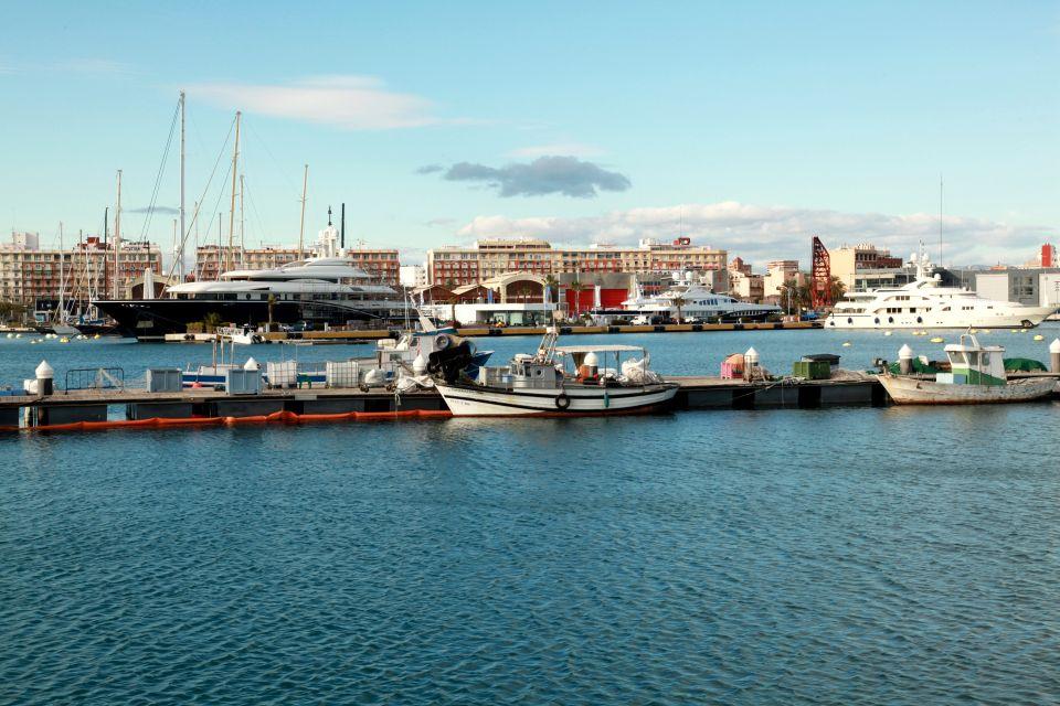 La marina real Juan Carlos I, La marina Real Juan Carlos I, Los paisajes y las actividades, Comunidad Valenciana