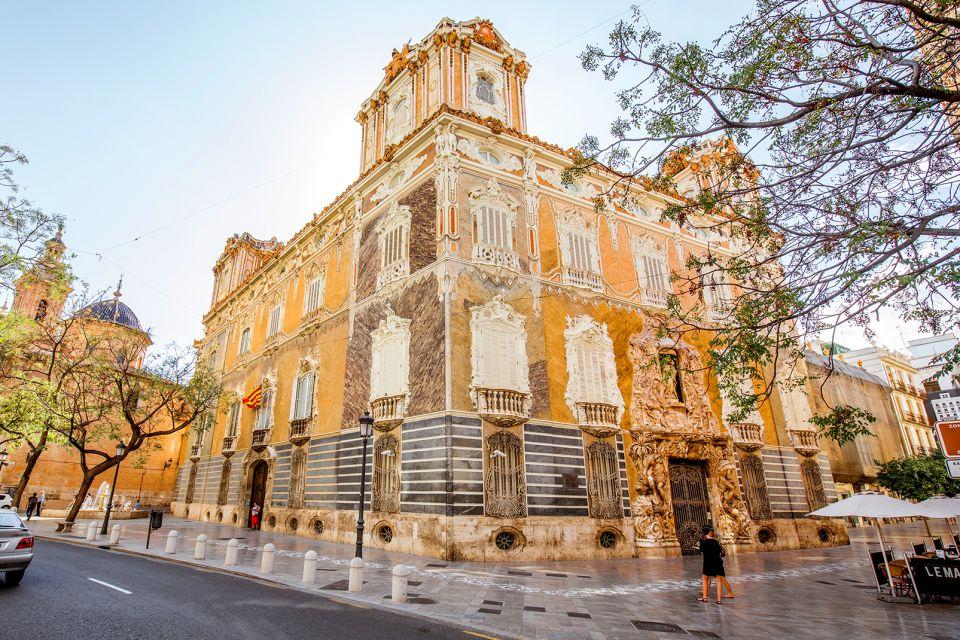 Das Staatliche Keramikmuseum, Le Musée National de la Céramique, Die Künste und die Kultur, Gemeinschaft Valencia