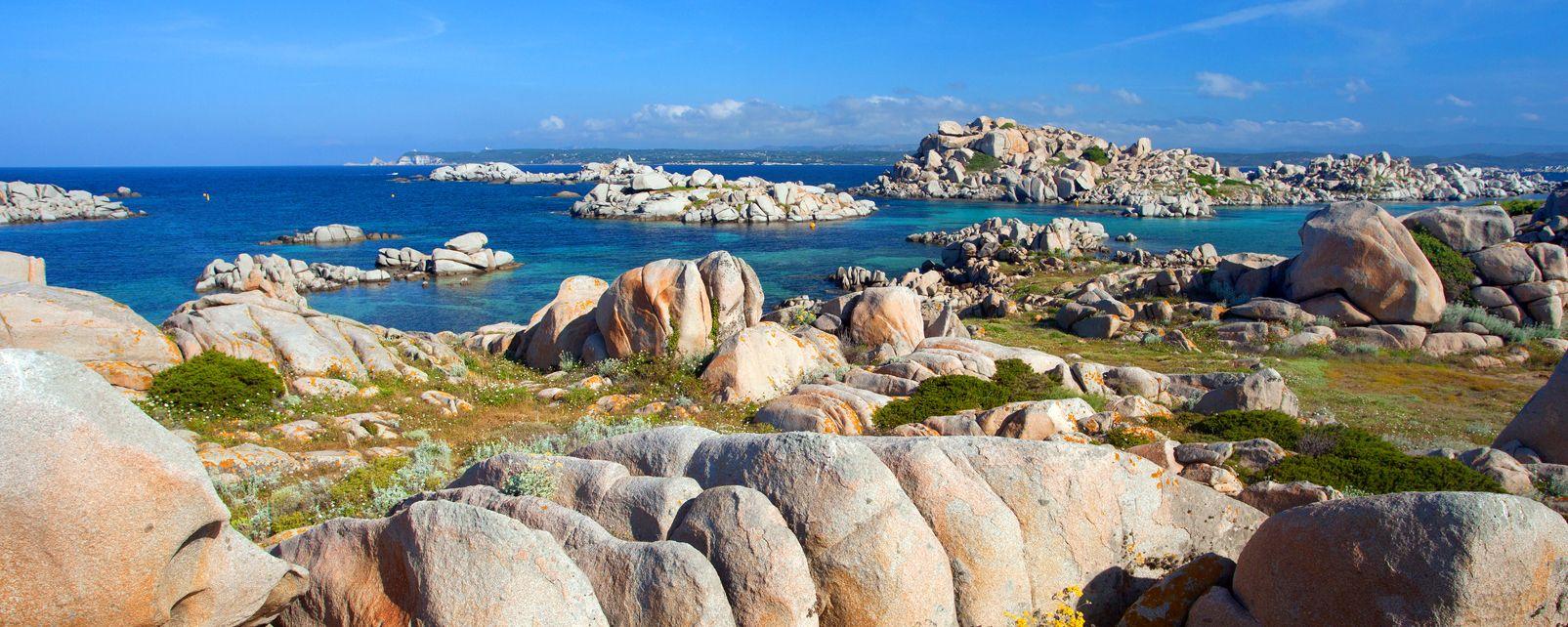 , Les îles Lavezzi, Le rive, Corsica