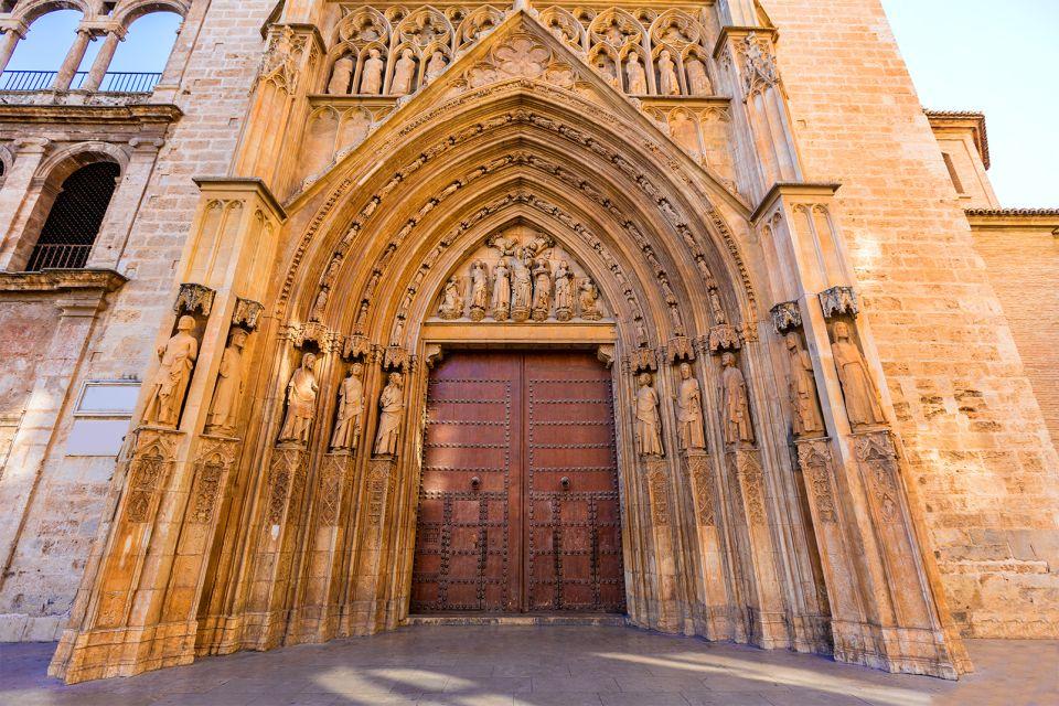 Das Apostelportal der Kathedrale, La séance du Tribunal des Eaux, Die Künste und die Kultur, Gemeinschaft Valencia