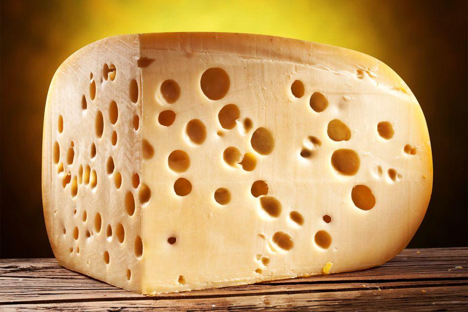 Les Fromages de Savoie , Emmental de Savoie , France