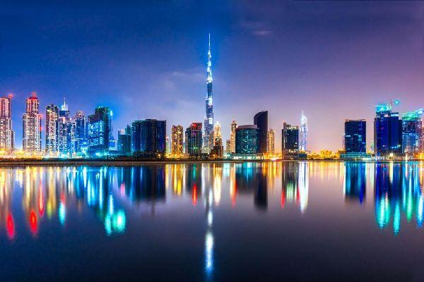 DUBAI- Tour Burj Khalifa , United Arab Emirates