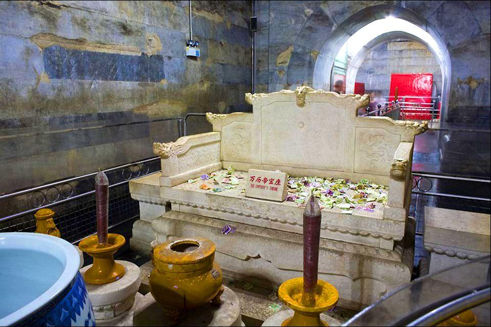 Les tombeaux des Ming (Shisanling) , L'intérieur des tombeaux , Chine