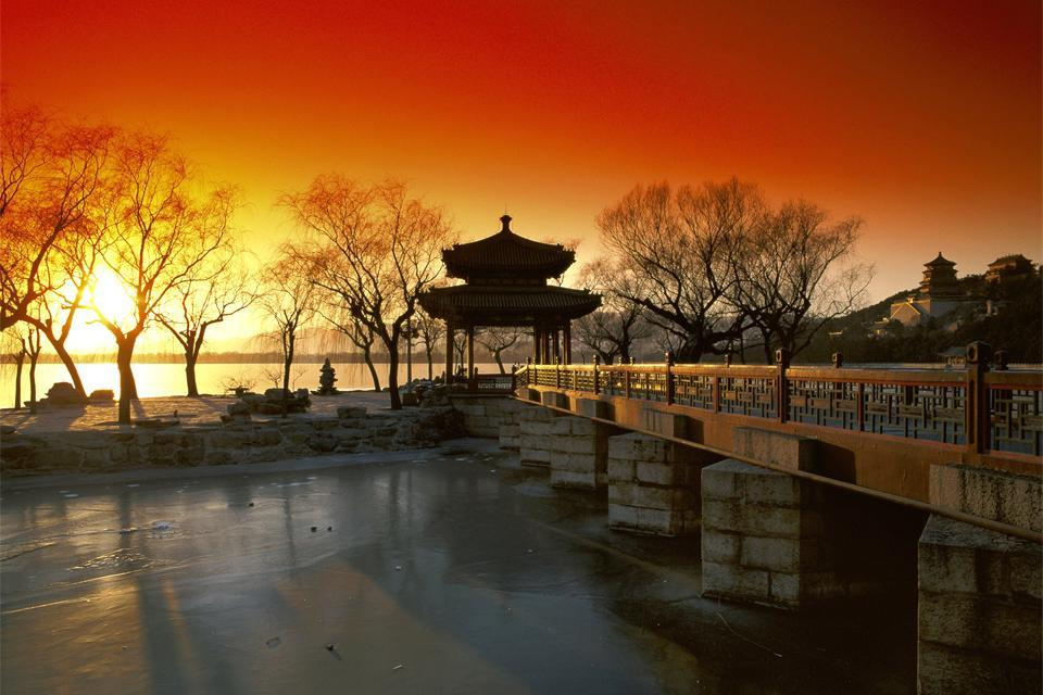 Le Palais d'Eté , Un coucher de soleil au Palais d'été , Chine