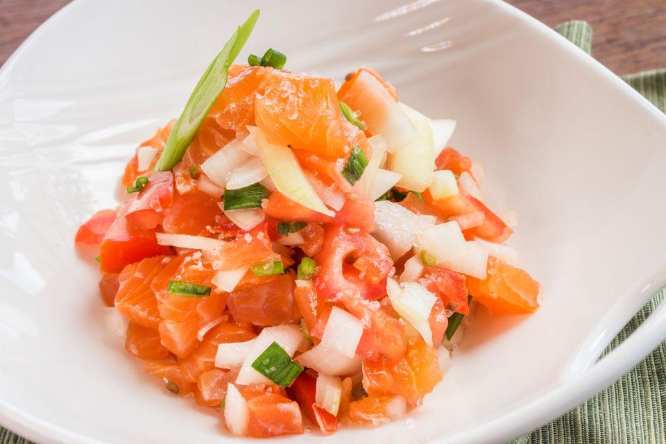 La gastronomie, cuisine, hawai, portugal, cuisine, recette, gastronomie, USA, amérique, hawaii, saumon, poisson, lomi-lomi