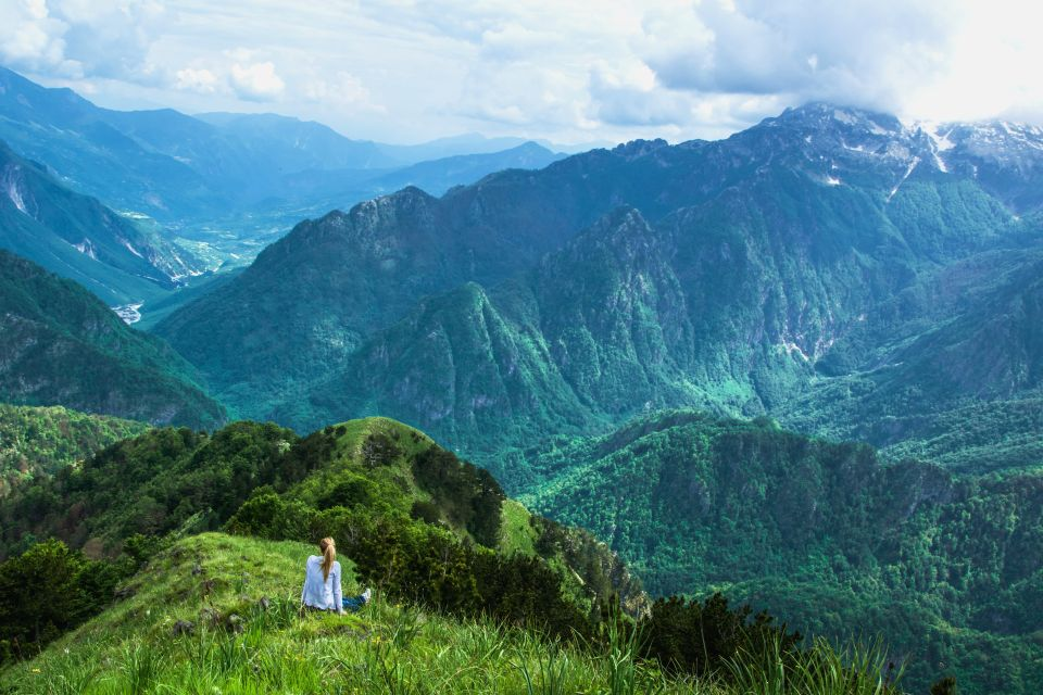 Die Gebirgskette Korab, Albanien, Die Gebirge in Zentralalbanien, Die Landschaften, Albanien