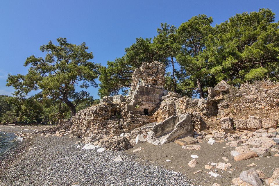 La cité antique de Phaselis , L'emplacement des ruines , Turquie