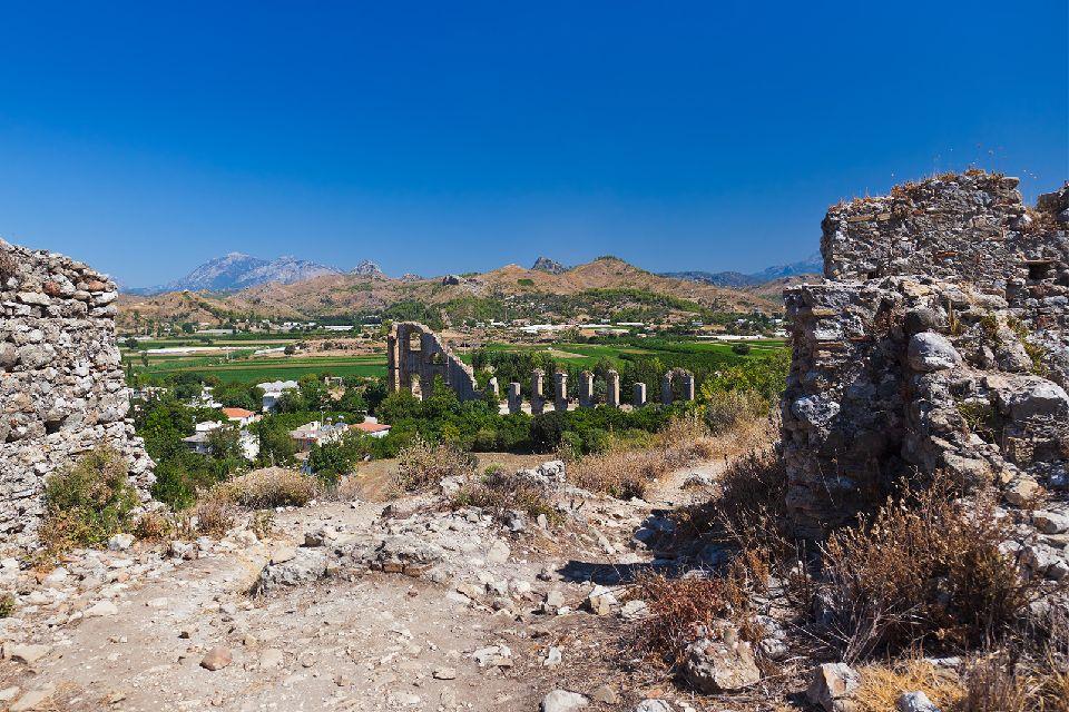 La cité d'Aspendos et son théâtre , Turquie