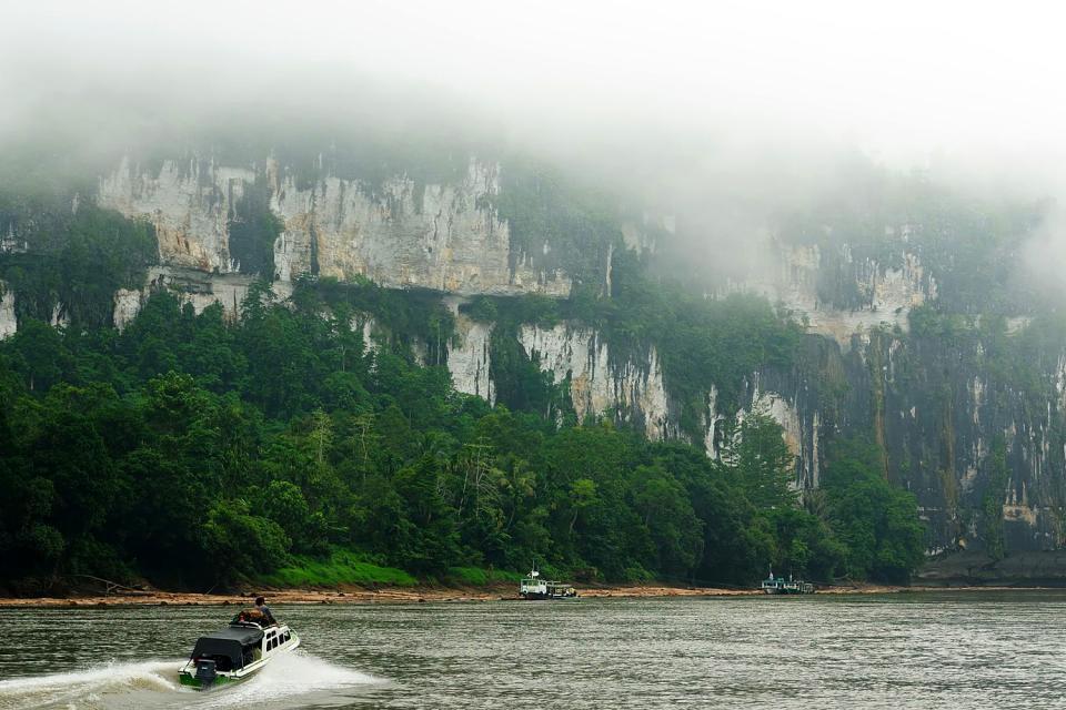 Il fiume Mahakam , Indonesia