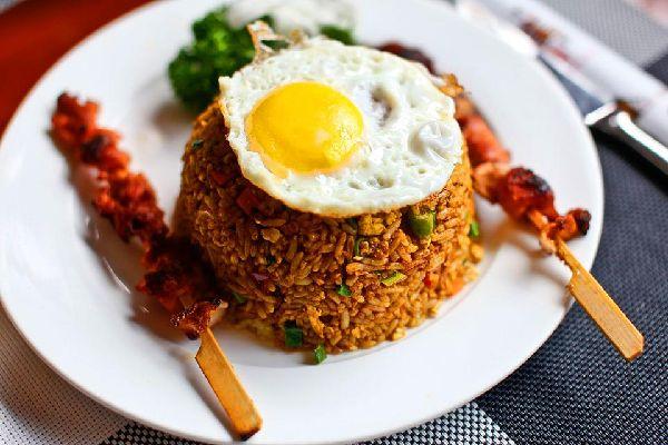 Le Nasi Goreng , Indonésie