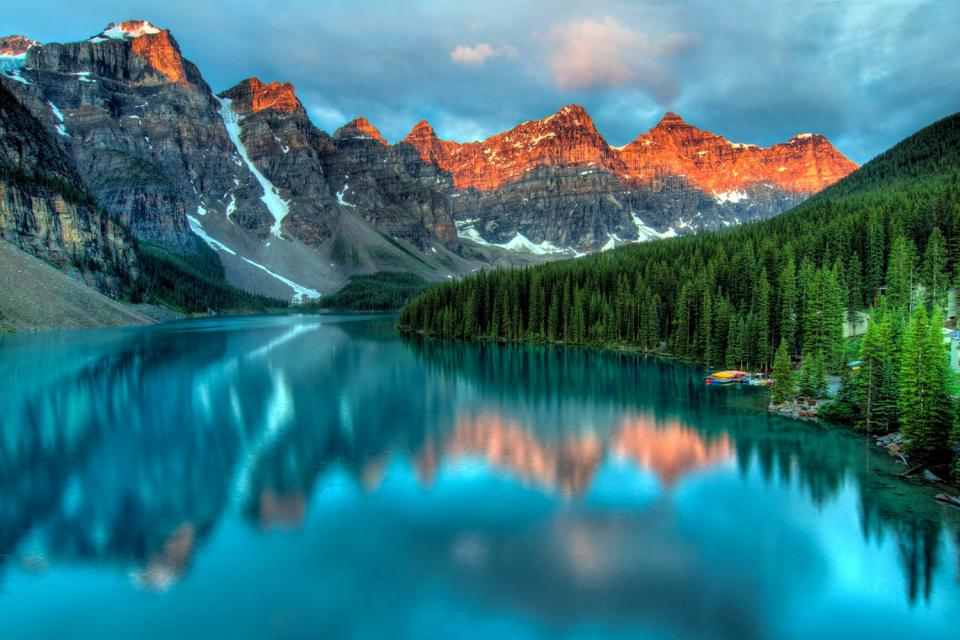 The mountains , Canada