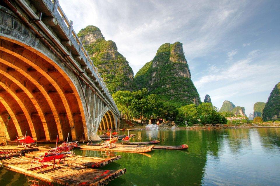 Les paysages, guilin, mont, chine, ouest, karstique, lac, zhuang, yangshuo, asie, embarcation, transport, tourisme