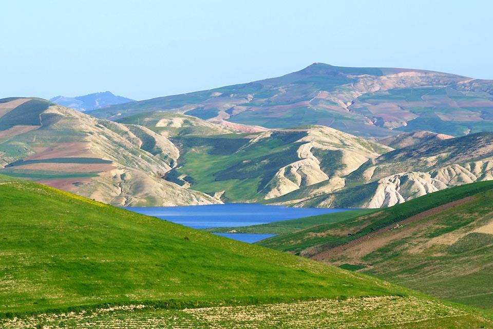 Le Moyen Atlas , Le Maroc enneigé , Maroc