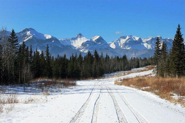 The ice roads , Canada
